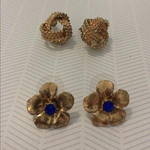 Set of gold fashion earrings